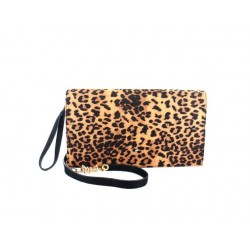 Bolso Cartera Animal Print de Menbur